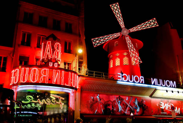 restaurants near moulin rouge in paris