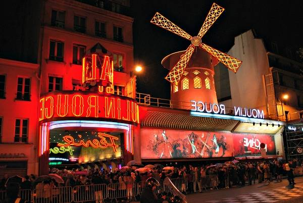 moulin rouge dinner show paris
