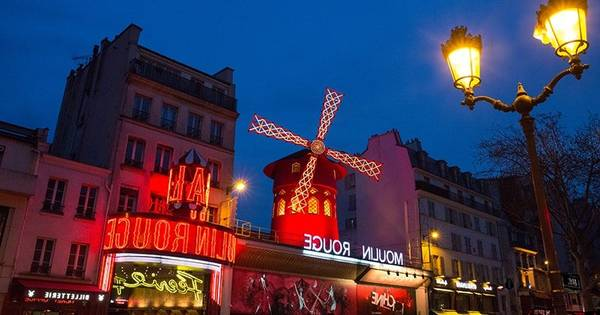 adresse du moulin rouge paris