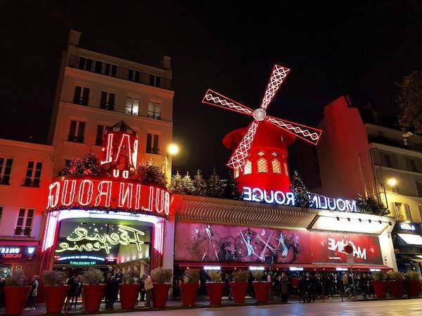 moulin rouge paris bar